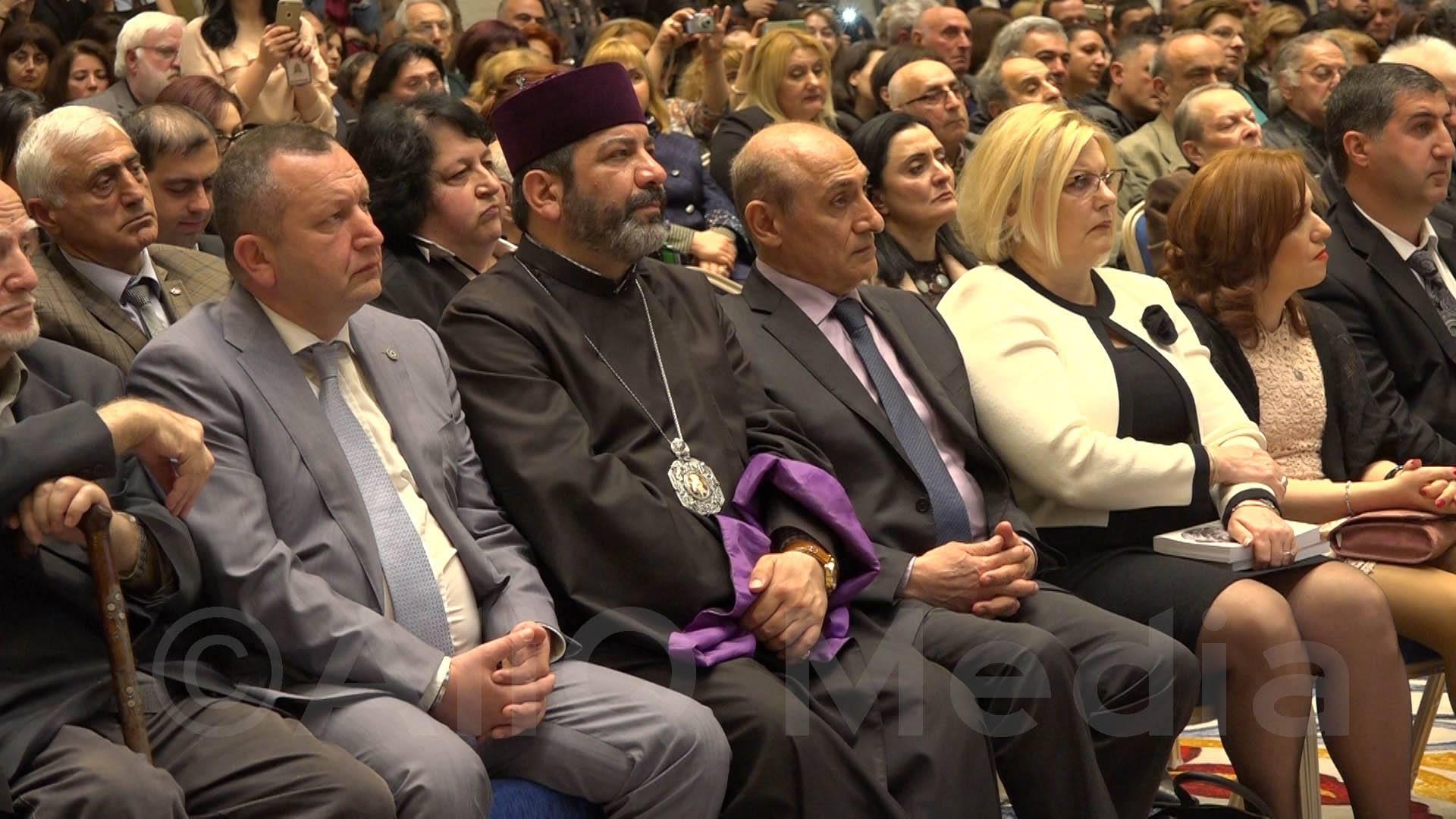 Трагической дате геноцида армян – 102 года
