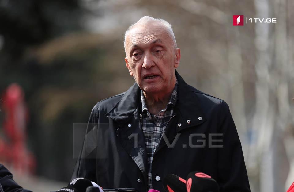 Тенгиз Церцвадзе предполагает, что в Грузии количество инфицированных не превысит 1000 человек
