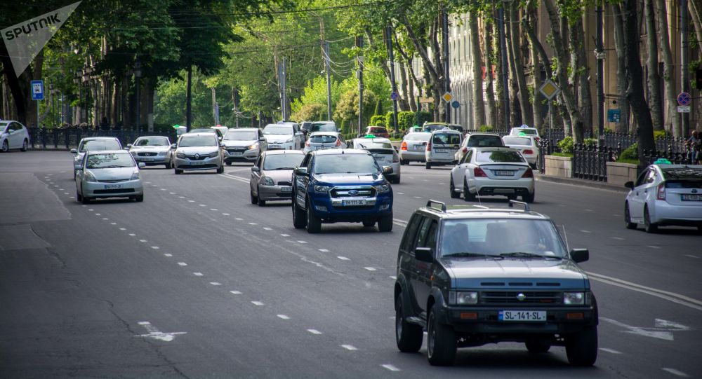 Внимание автомобилистов: номерные знаки старого образца действуют до 31 марта