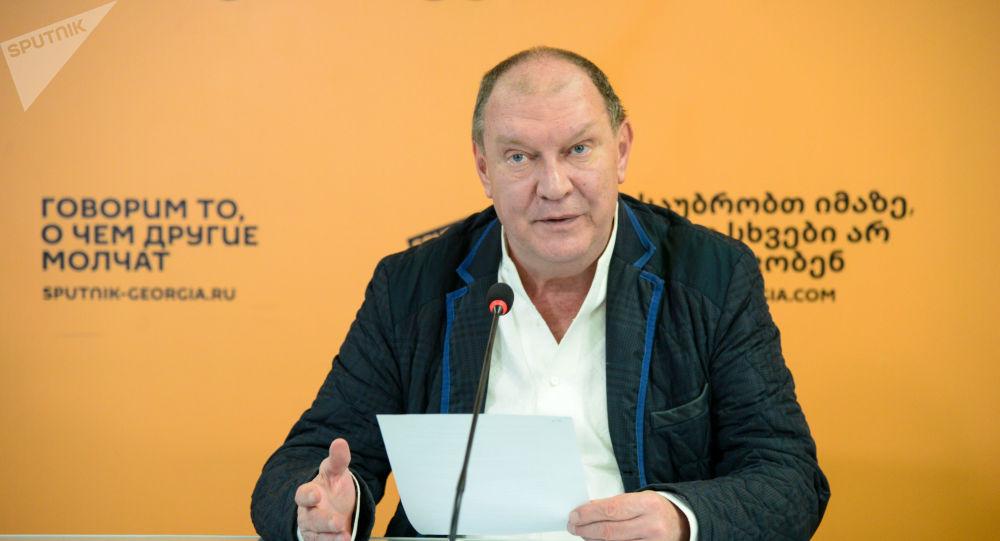 «Абсолютное уважение» – Николай Свентицкий рассказал о грузинских студентах в России